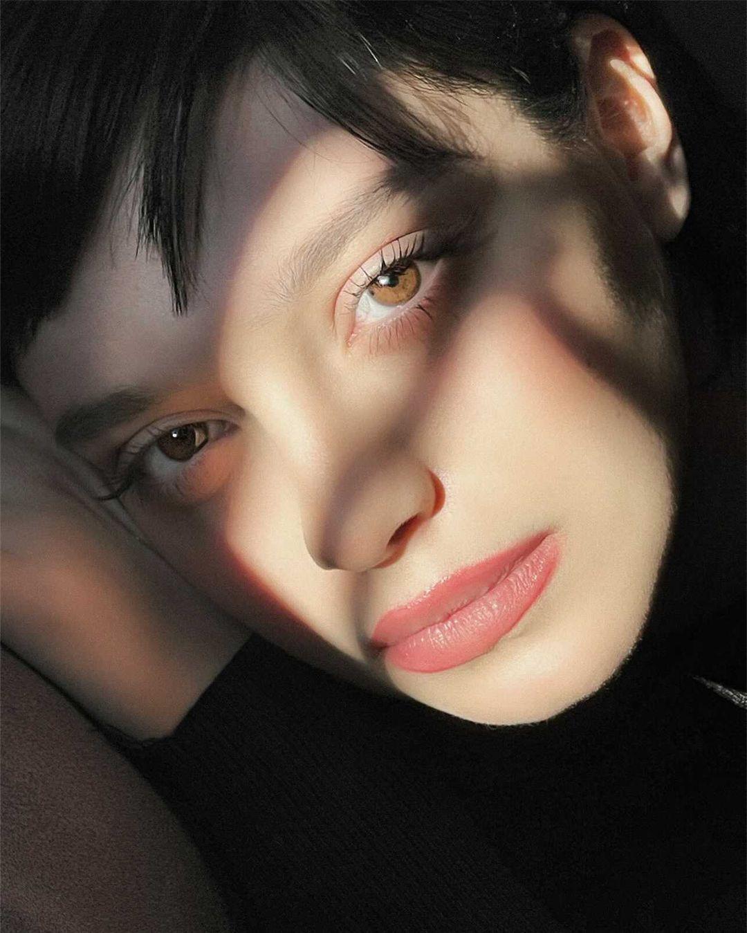 """Scuola Jenny Tamburi: Alice Ferri in """"Vado e vengo"""""""
